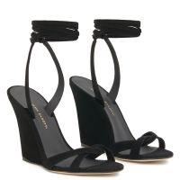 MANOLA - Black - Sandals