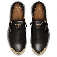 COOPER - Black - Loafers