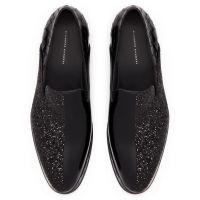 BENSON - Black - Loafers
