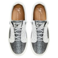 FRANKIE - Black and white - Low top sneakers