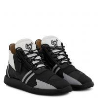 RUNNER RENEW - Black - Low top sneakers