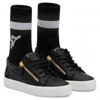 GAIL PLUS - Black - Low top sneakers