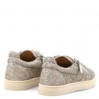 BALOONS JR. - Beige - Low top sneakers