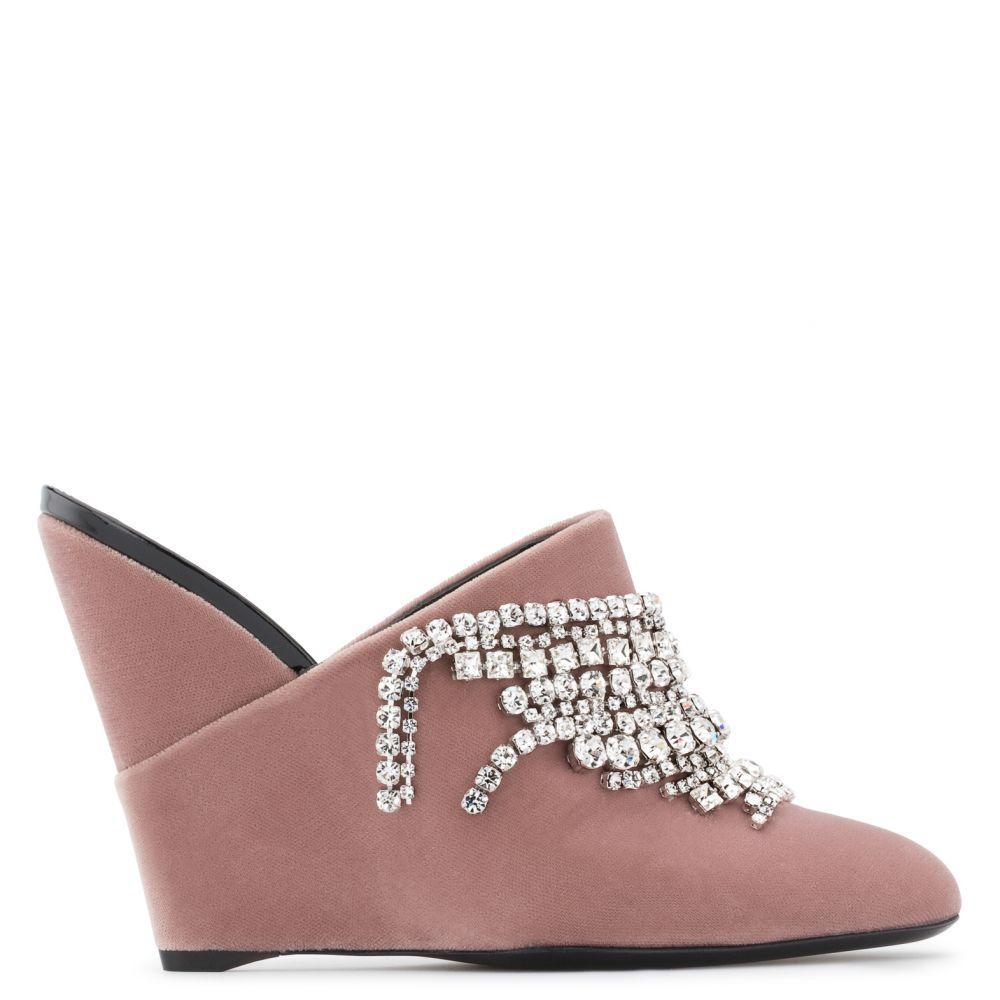 DEVA - Pink - Wedges