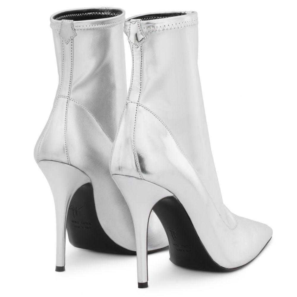 SALOMÉ - Silver - Boots