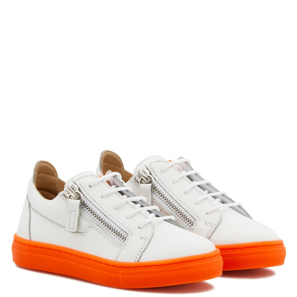 FRANKIE FLUO JR. - Orange - Low top sneakers