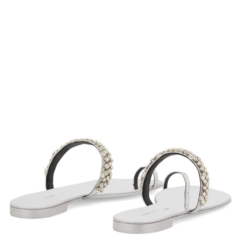 RAISSA - Silver - Flats