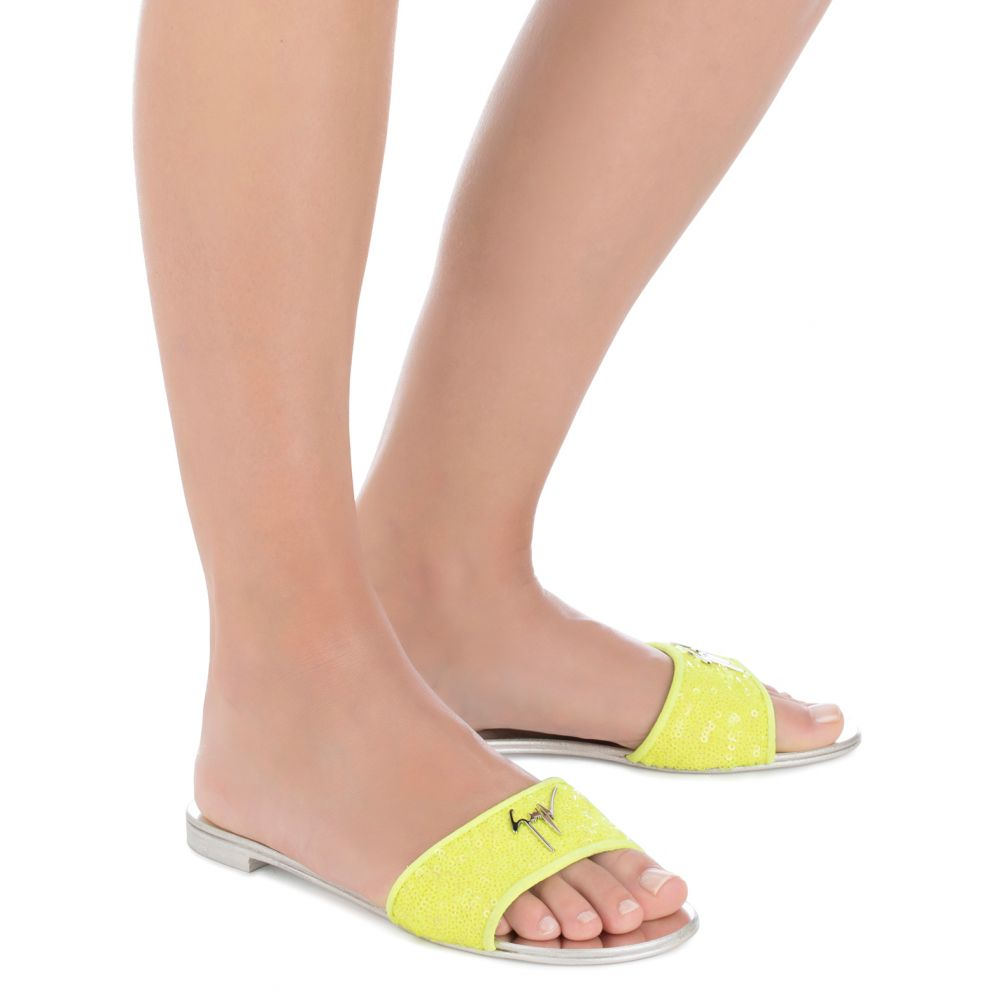 SHIRLEY POP - Yellow - Flats