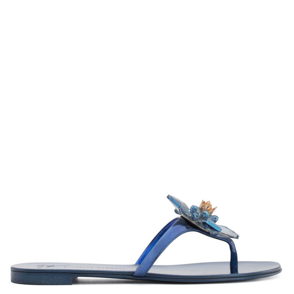 LOLA - Blue - Flats