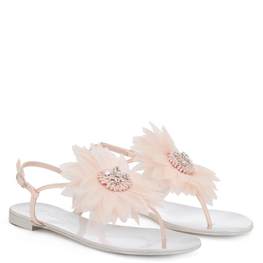 ANNEMARIE - Pink - Flats