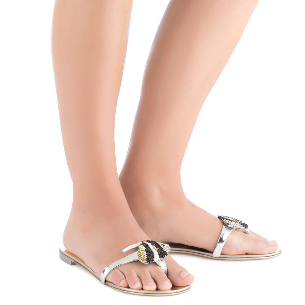 CORAL REEF - Silver - Flats