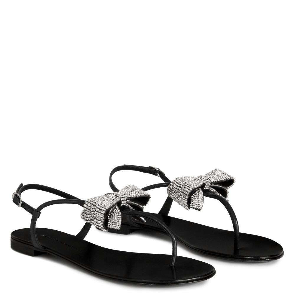 JANELLE - Black - Flats