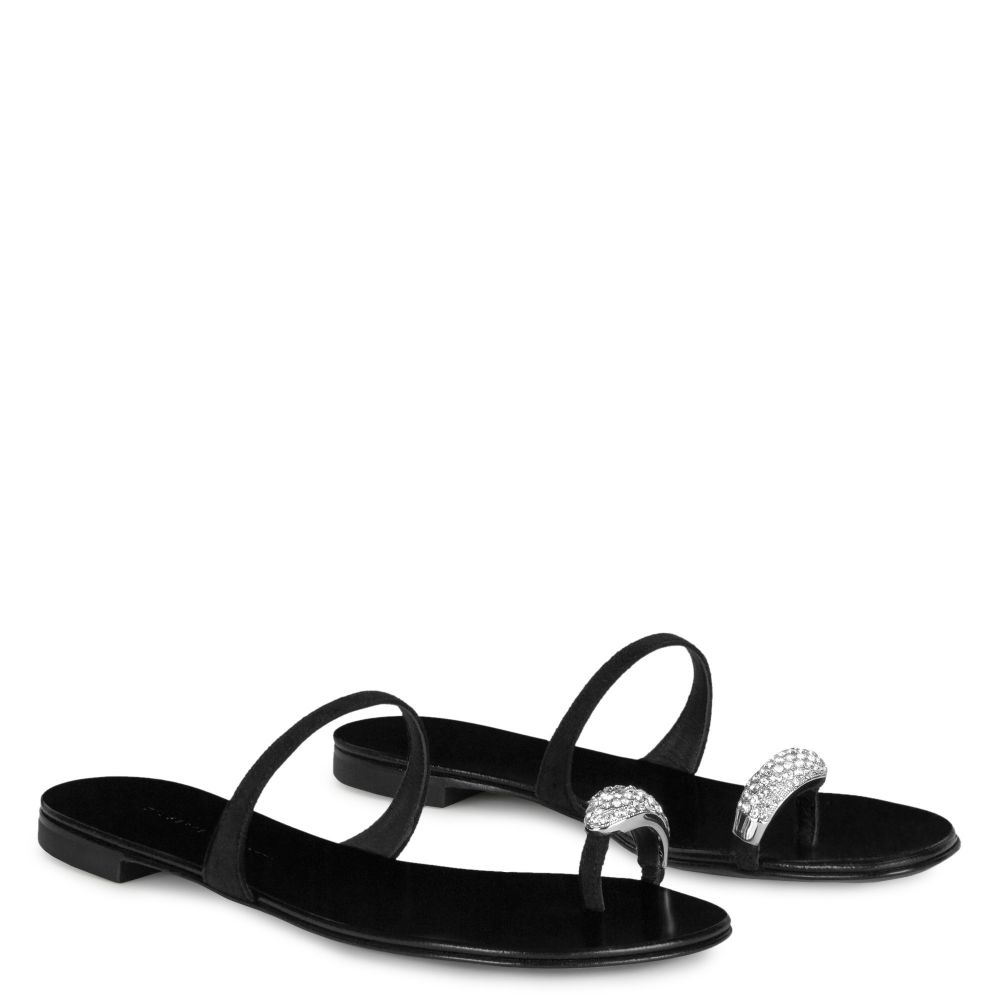 RING - Black - Flats