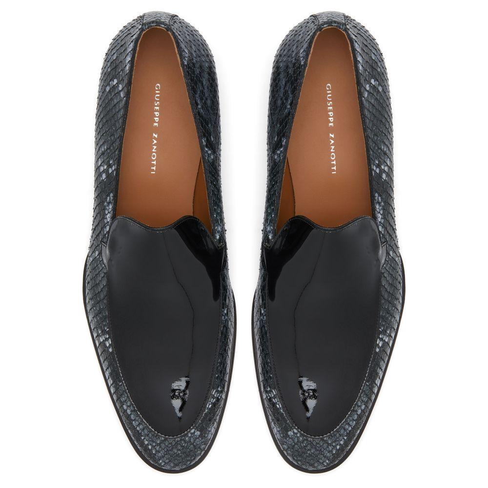 BENTON - Grey - Loafers