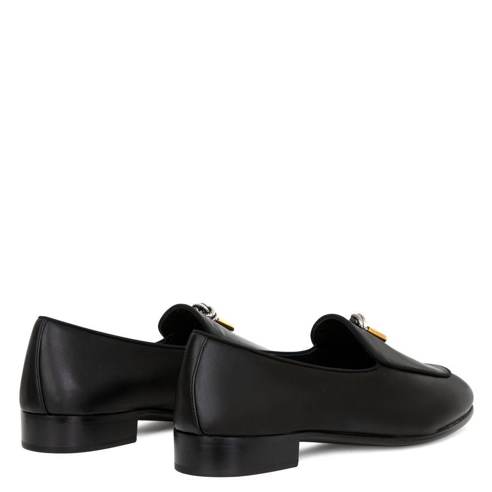 EDWYN - Black - Loafers
