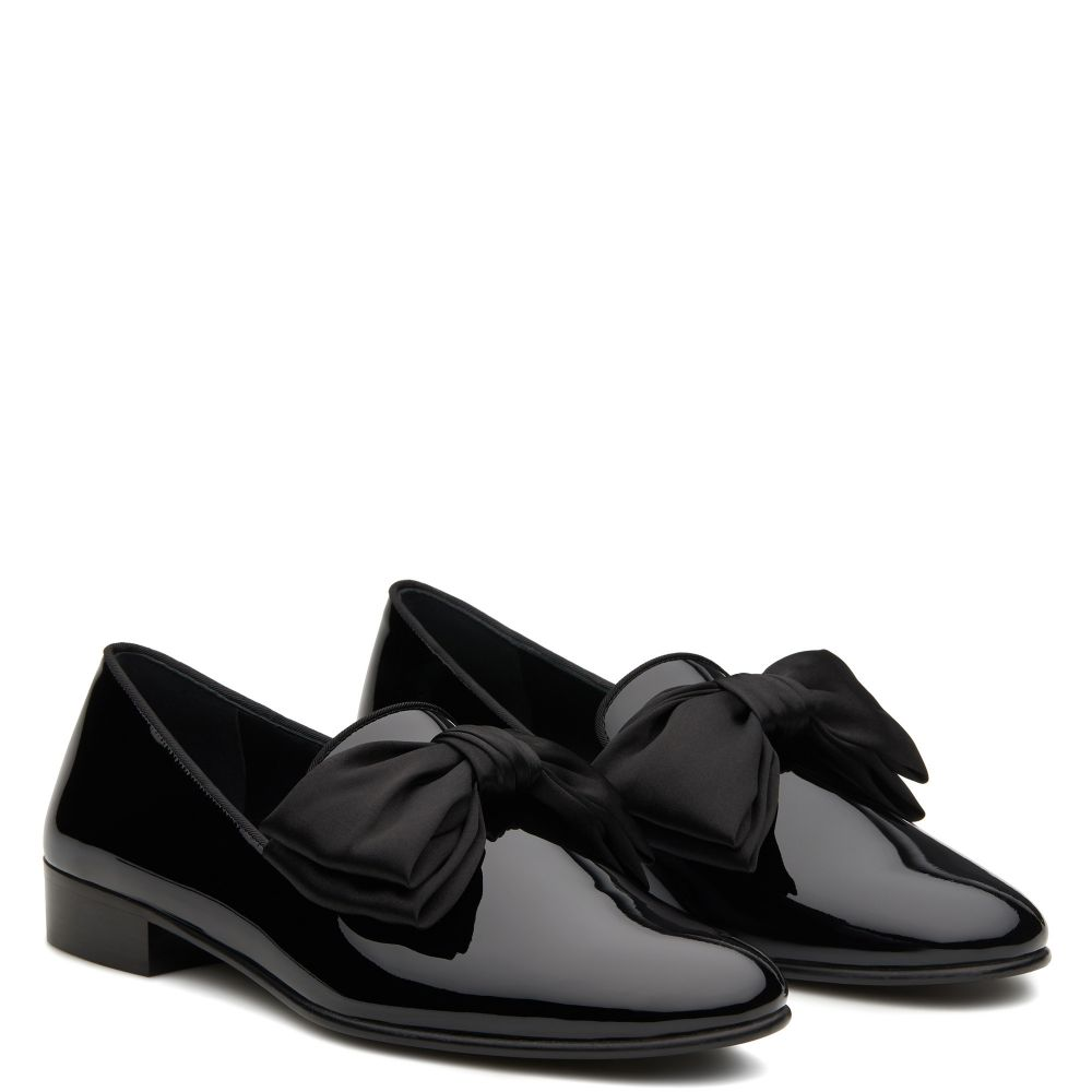 LORD BOW - Black - Loafers