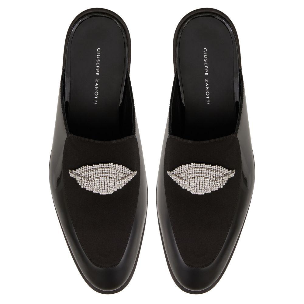 DEMI THEODORE - Black - Loafers