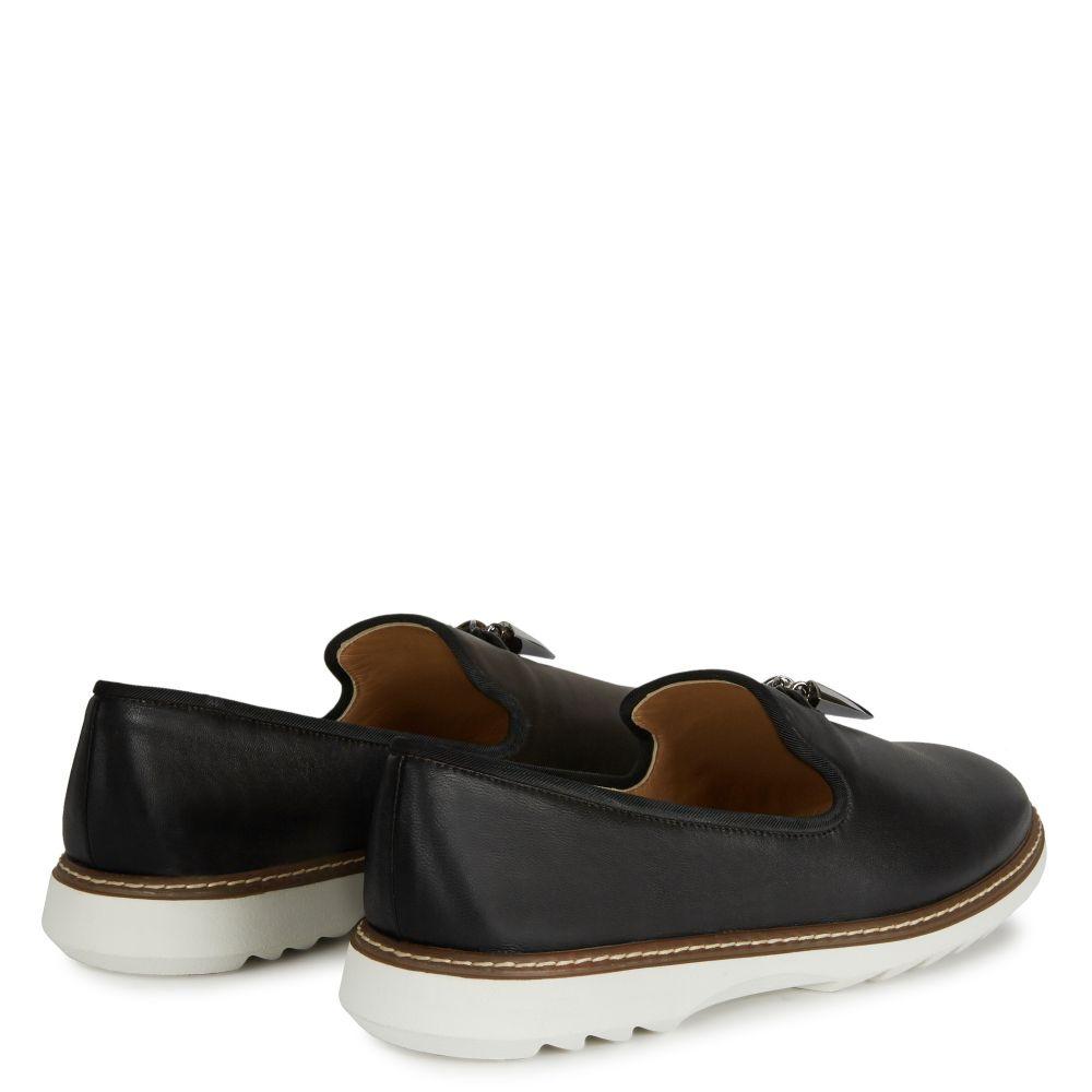 KEVIN - Black - Loafer