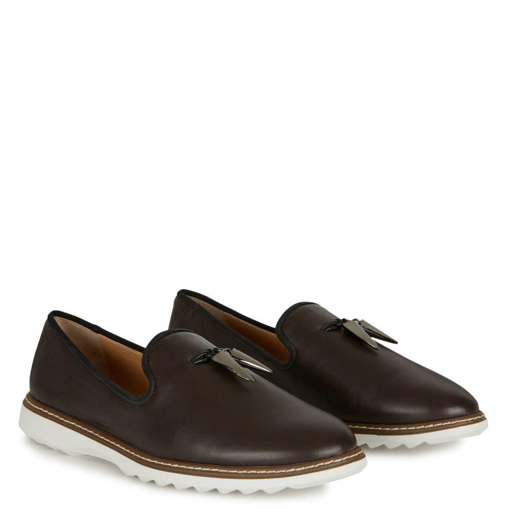 KEVIN - Brown - Loafer