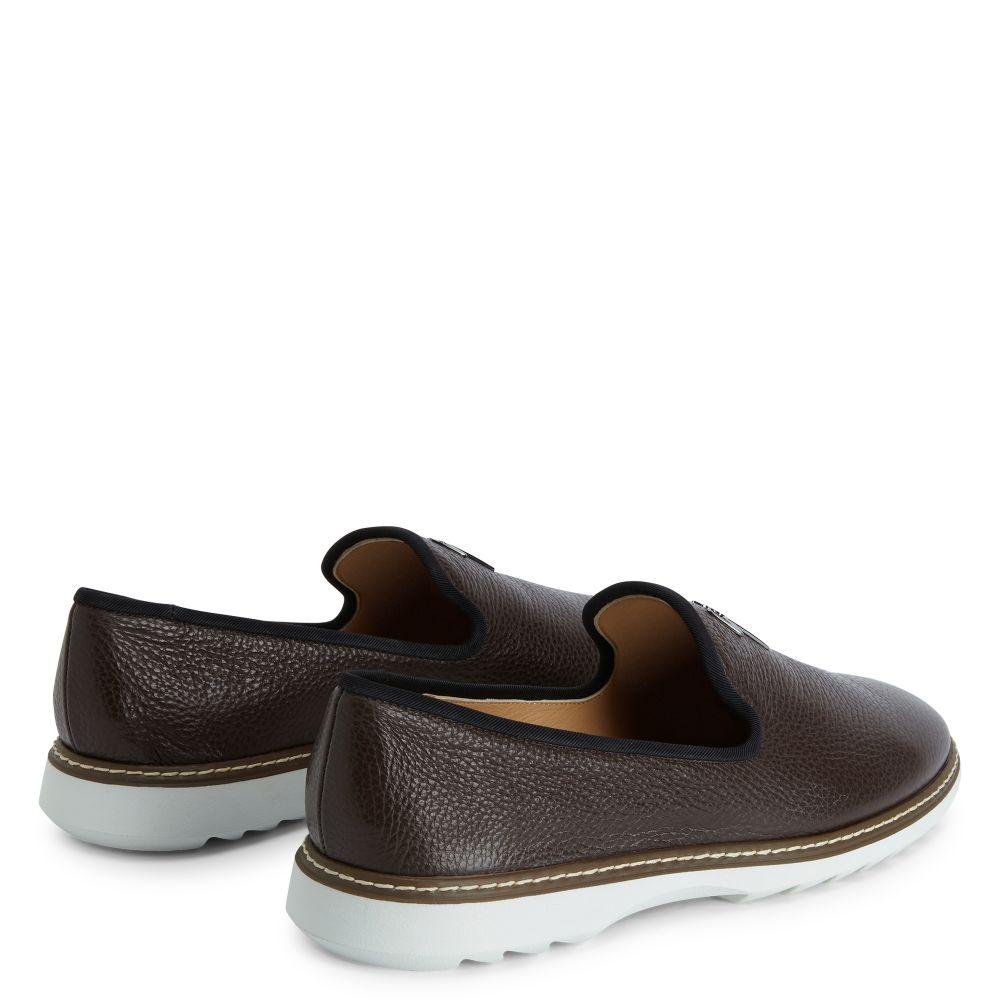 CEDRIC MANHATTAN - Brown - Loafers