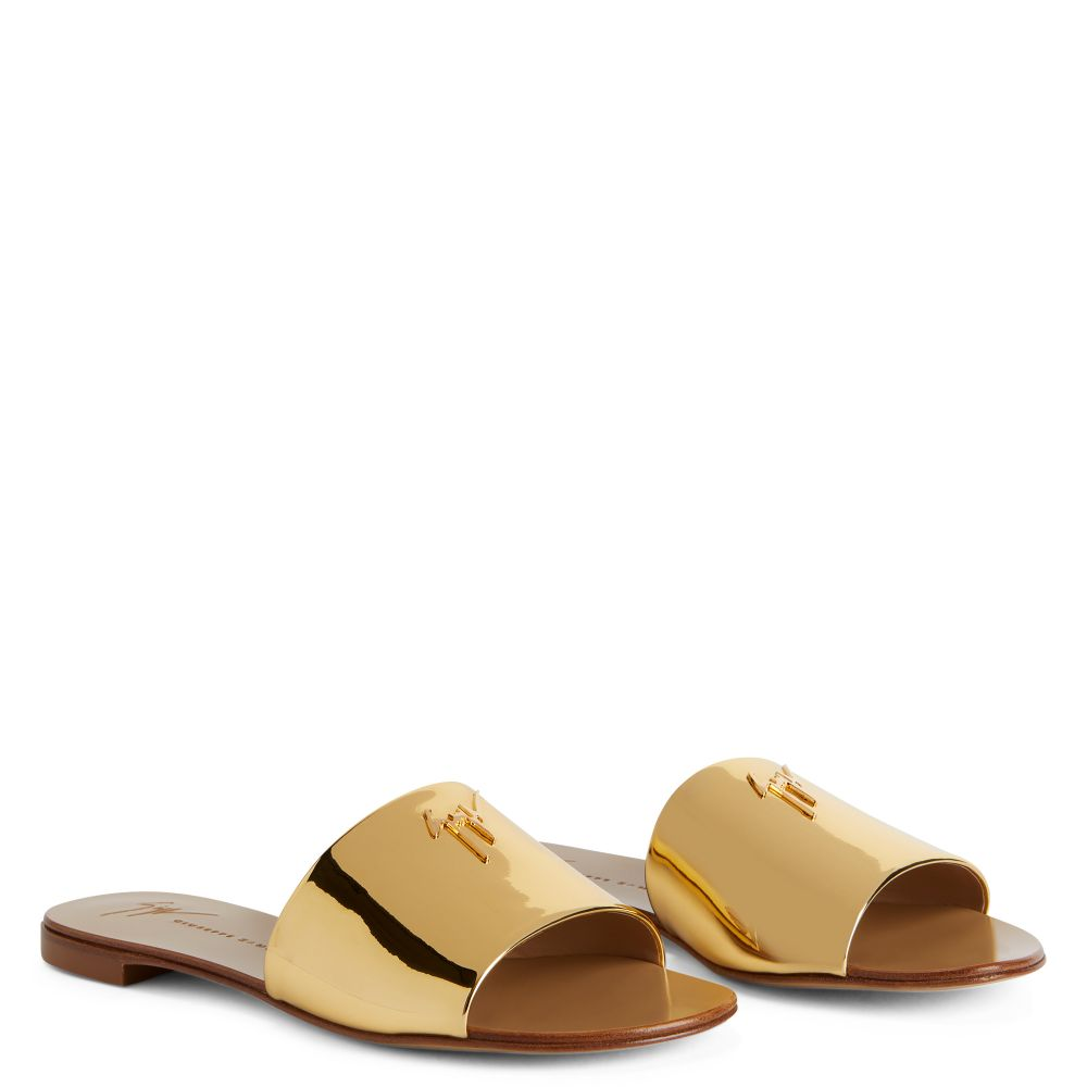 SHIRLEY - Gold - Flats