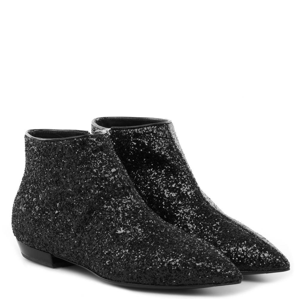 AMBER - BLack - Boots