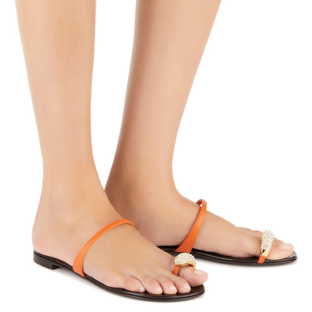 RING - Orange - Flats