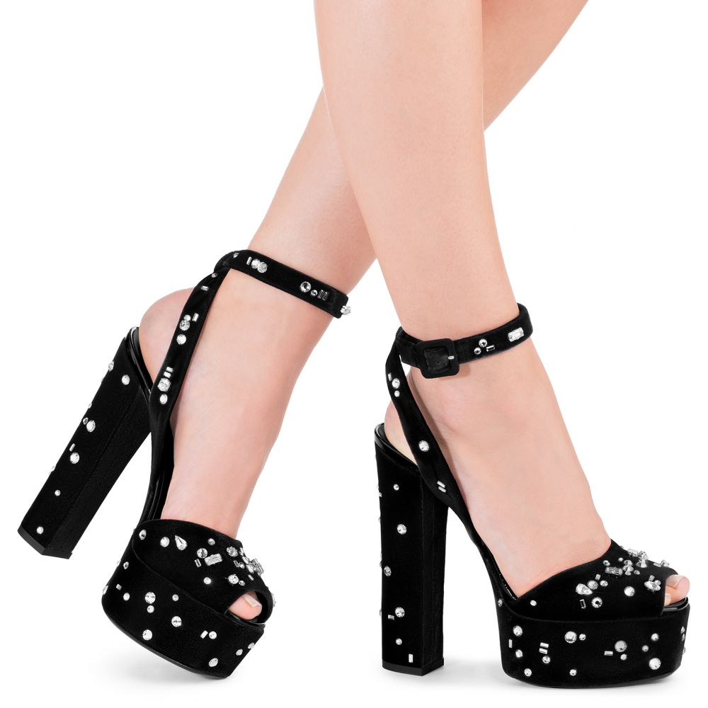 THE DAZZLING BETTY - Black - Sandals
