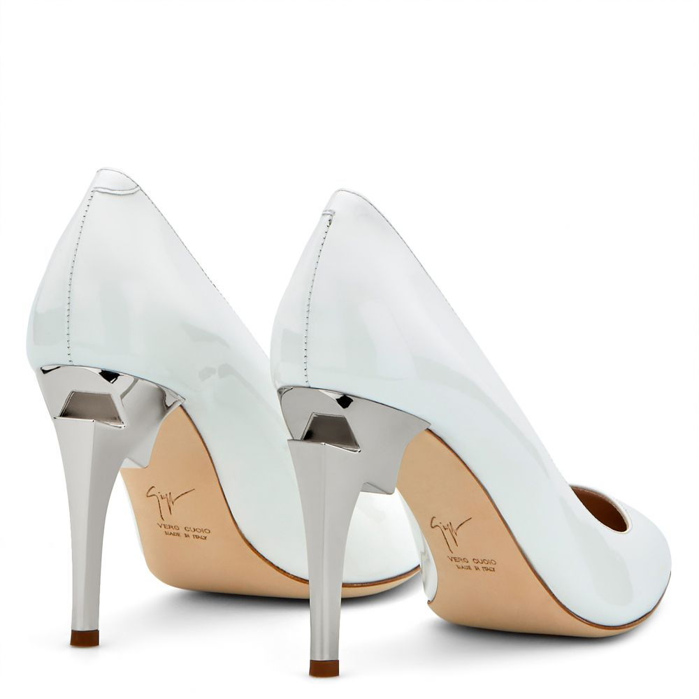 G-HEEL - White - Pumps