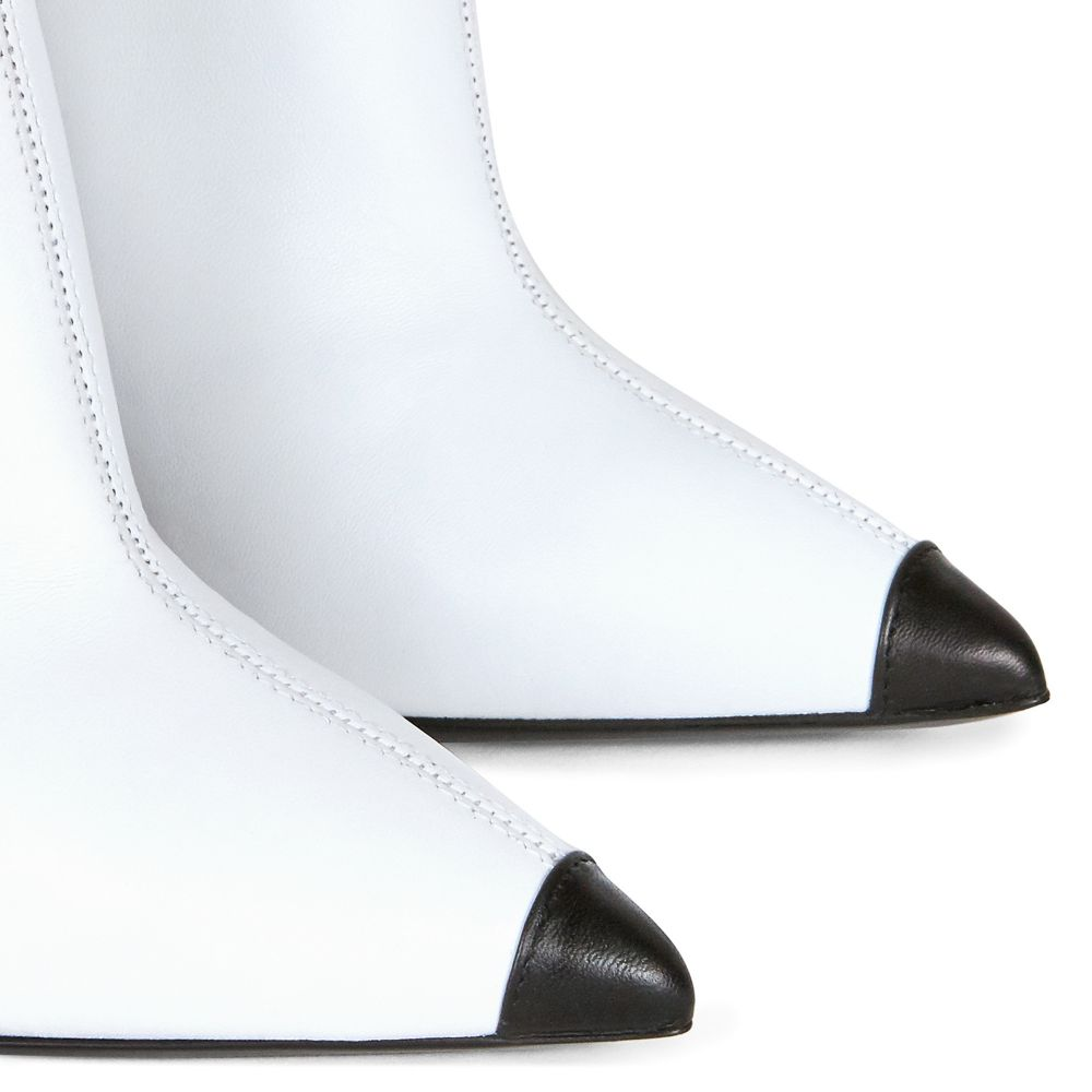 GREEK - White - Boots