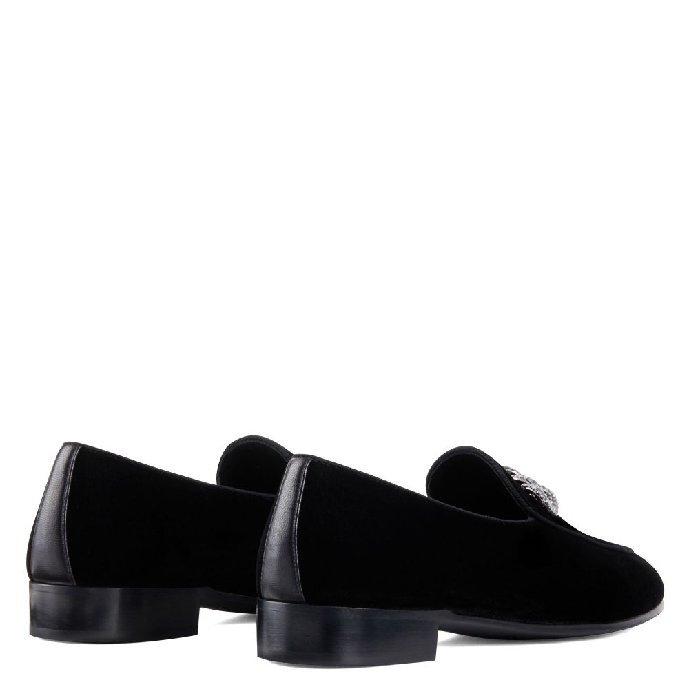 RUDOLPH CHAIN - Black - Loafers