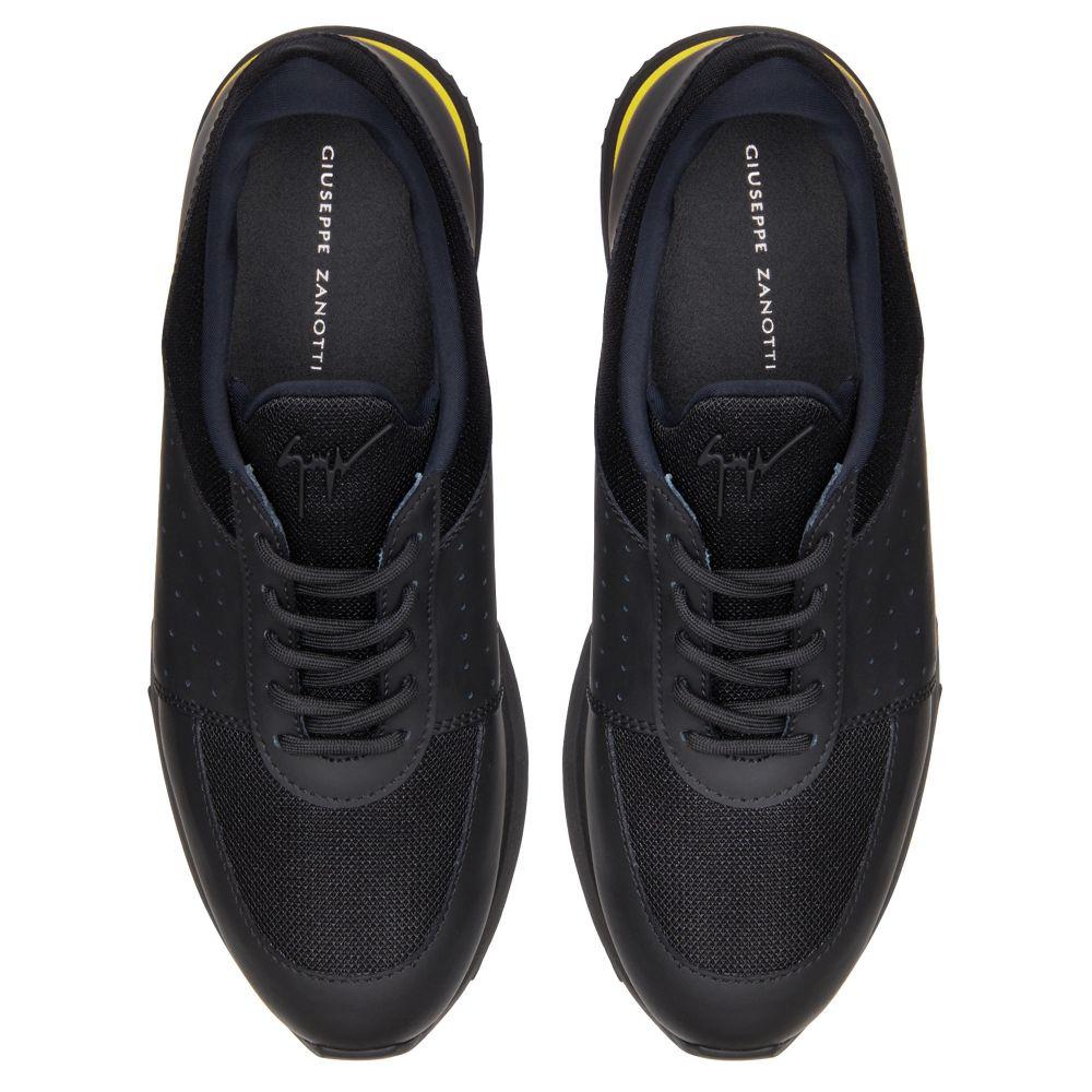 NEW JIMI RUNNING - Low top sneakers