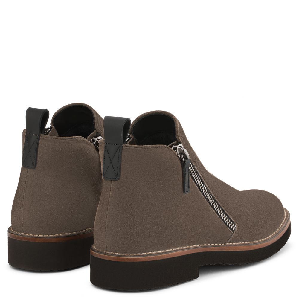 AUSTIN - Brown - Boots