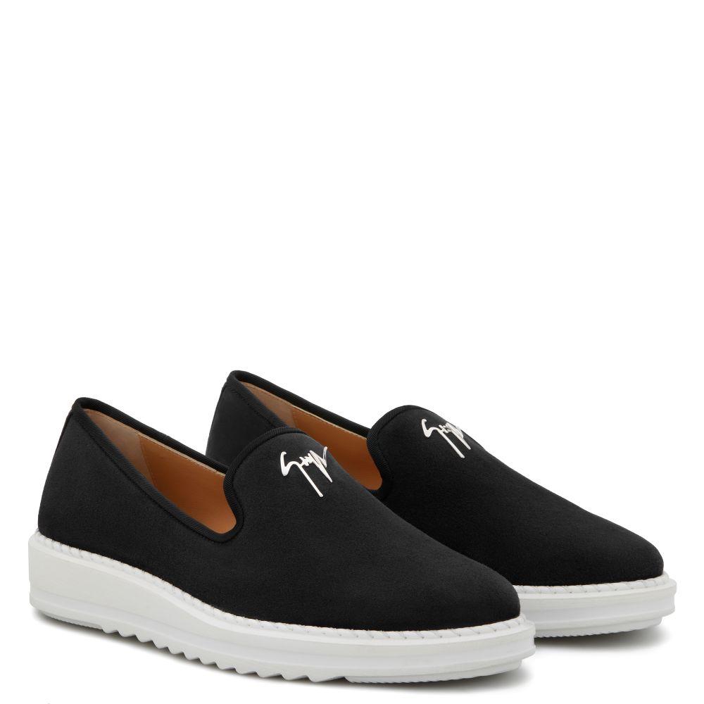 KLAUS - Black - Loafers