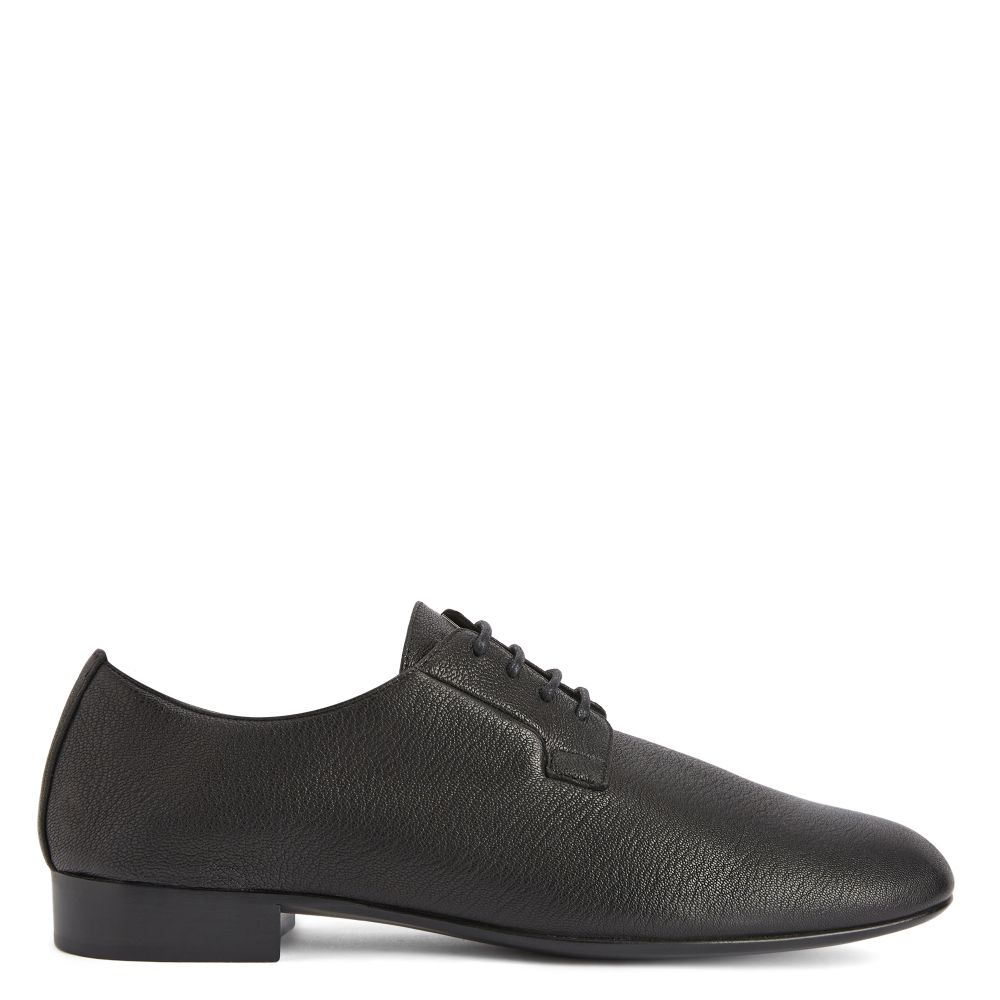 FLATCHER - Black - Lace up