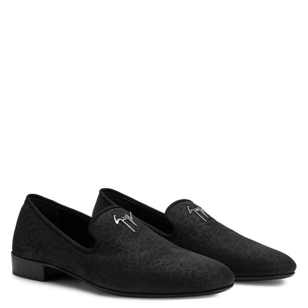 FERGUS - Loafers