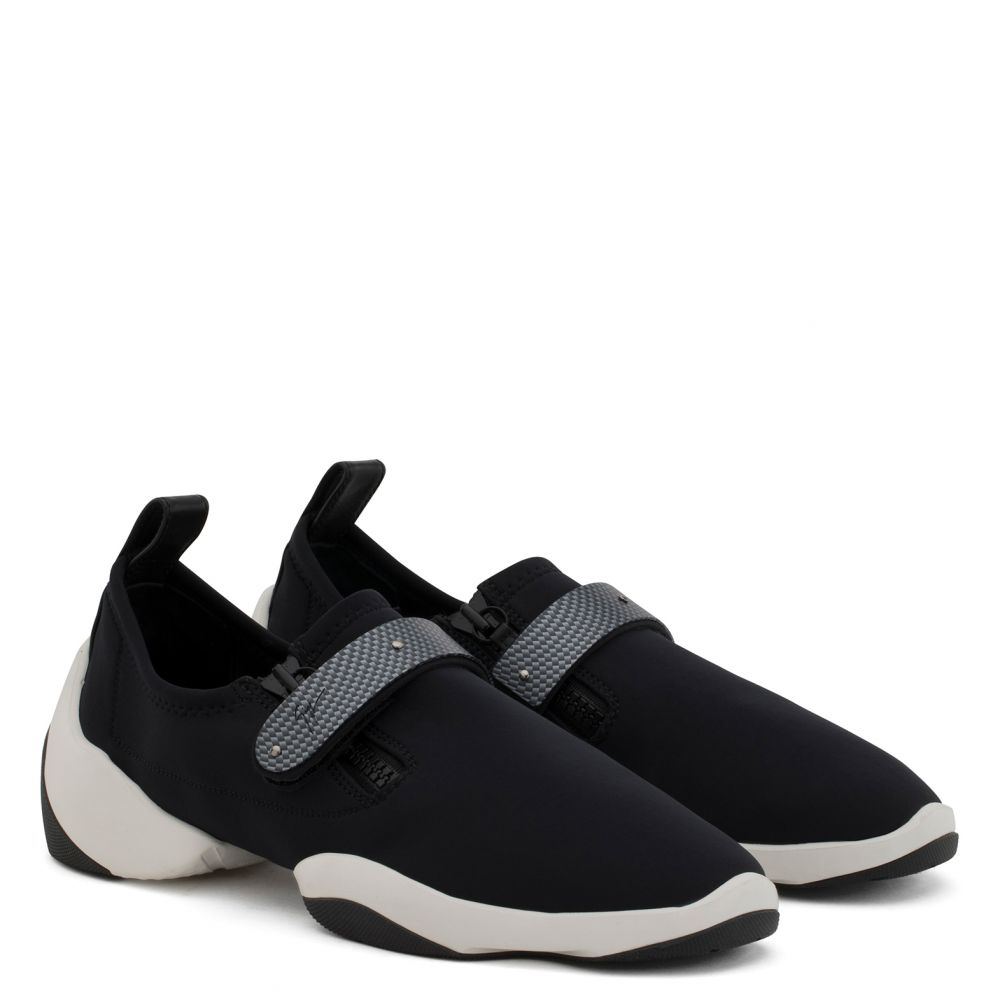 LIGHT JUMP LT2 - Noir - Slip On