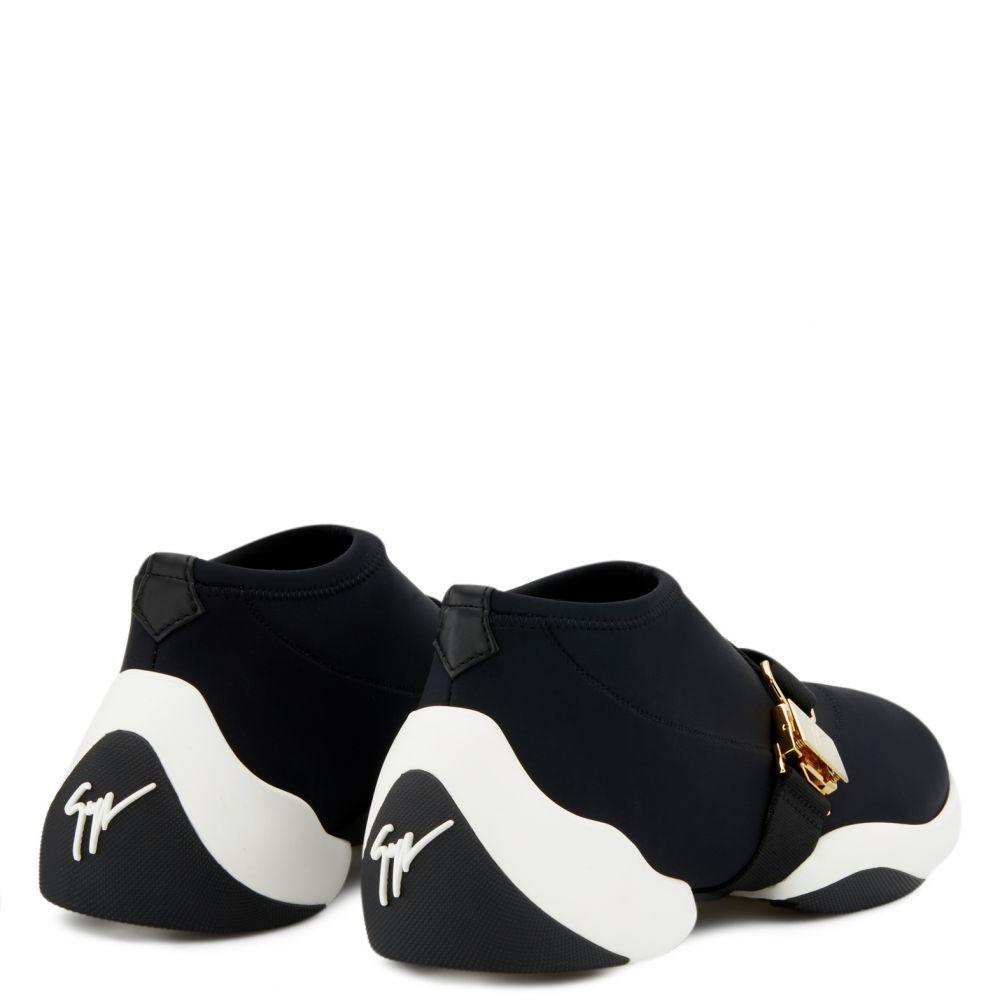 BUCKLE JUMP - Black - Mid top sneakers