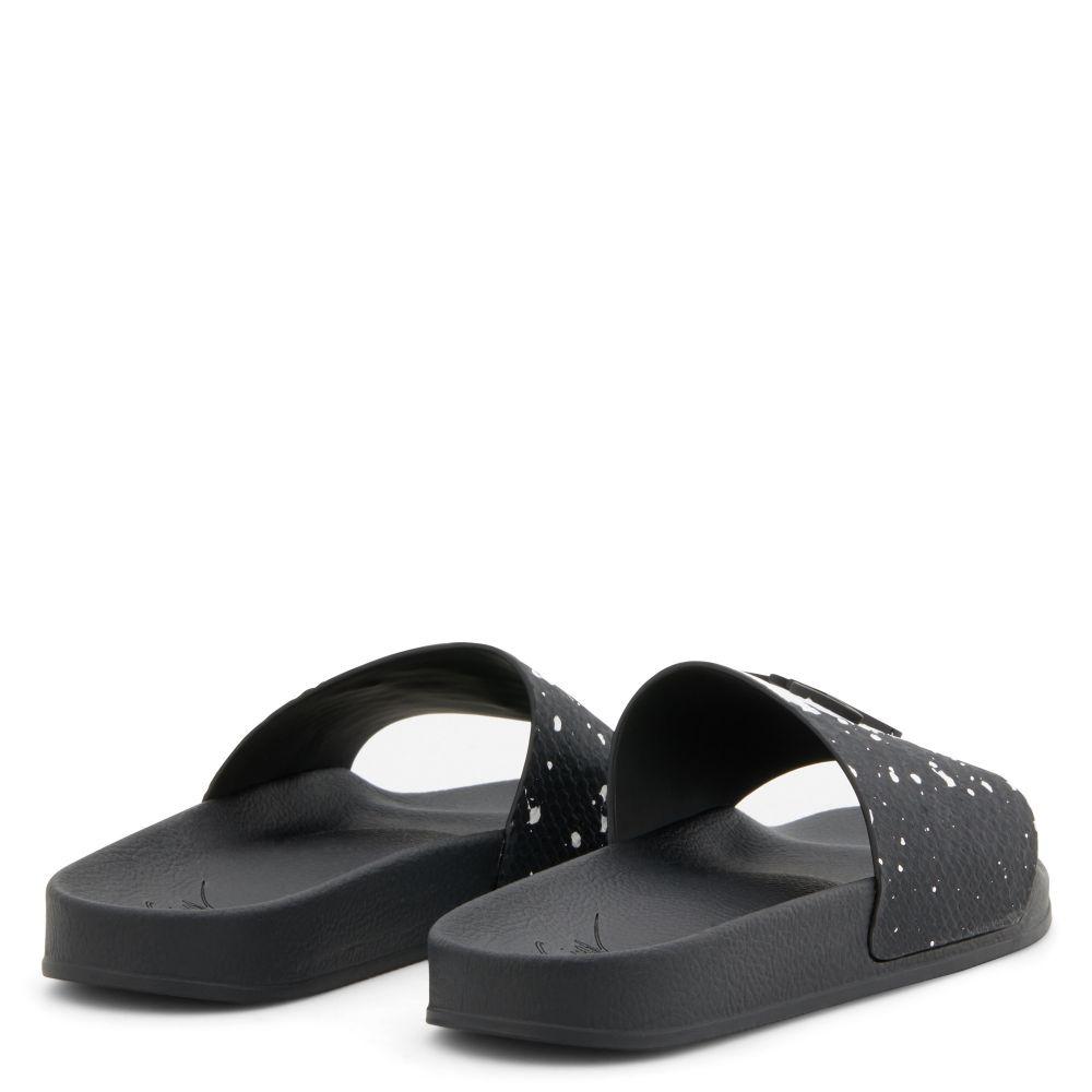 BRETT - Black and white - Flats