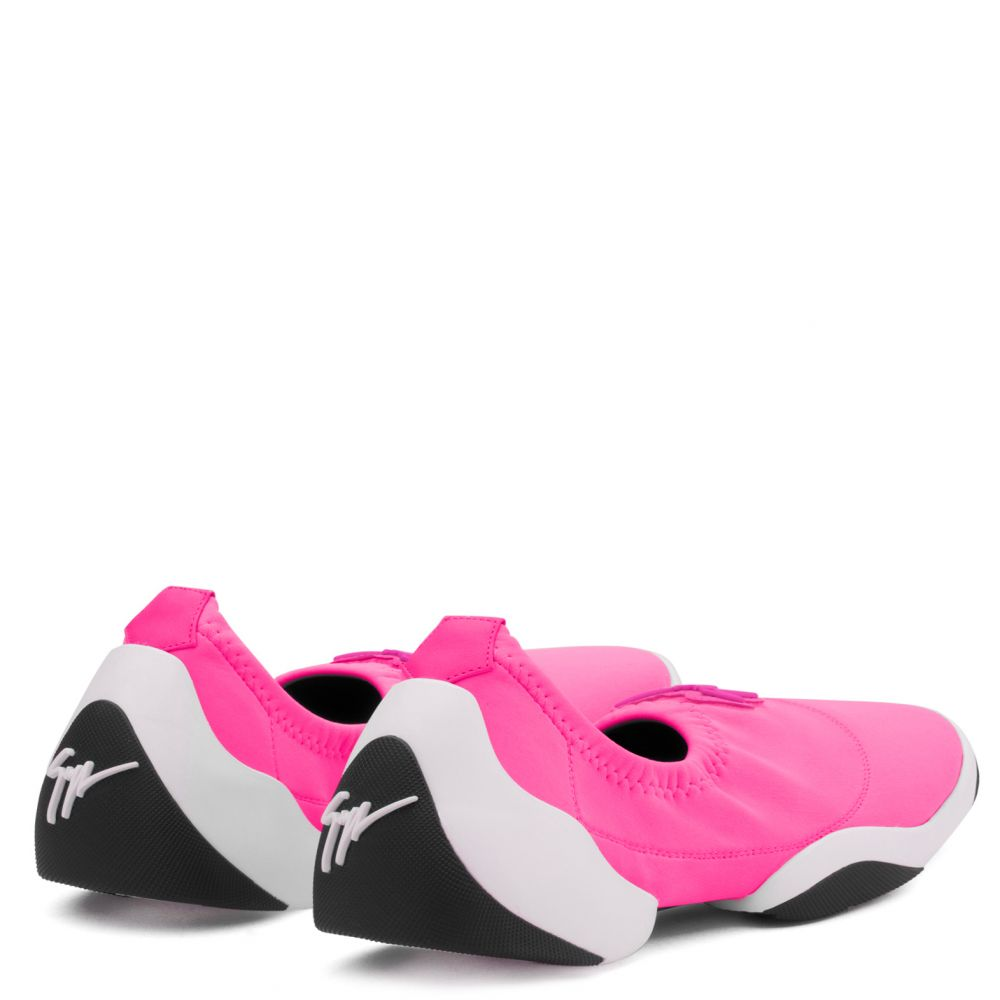 LIGHT JUMP LT1 - Fuxia - Slip On