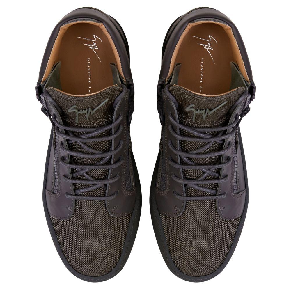 KRISS - Grey - Low top sneakers