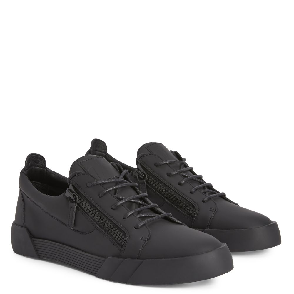 THE SHARK 5.0 LOW - Black - Low top sneakers
