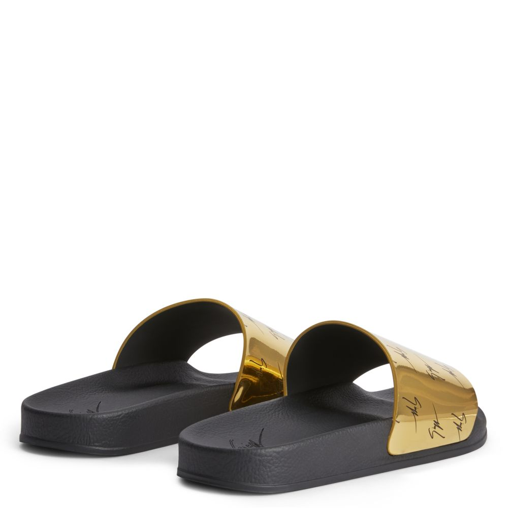 BRETT - Gold - Flats