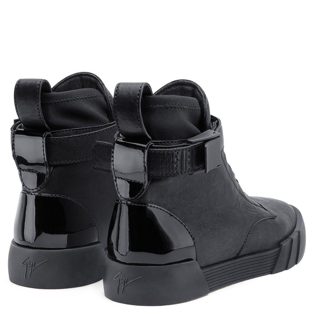 THE SHARK 6.0 - Black - High top sneakers