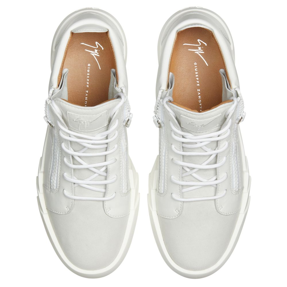 THE SHARK 5.0 MID - White - Mid top sneakers
