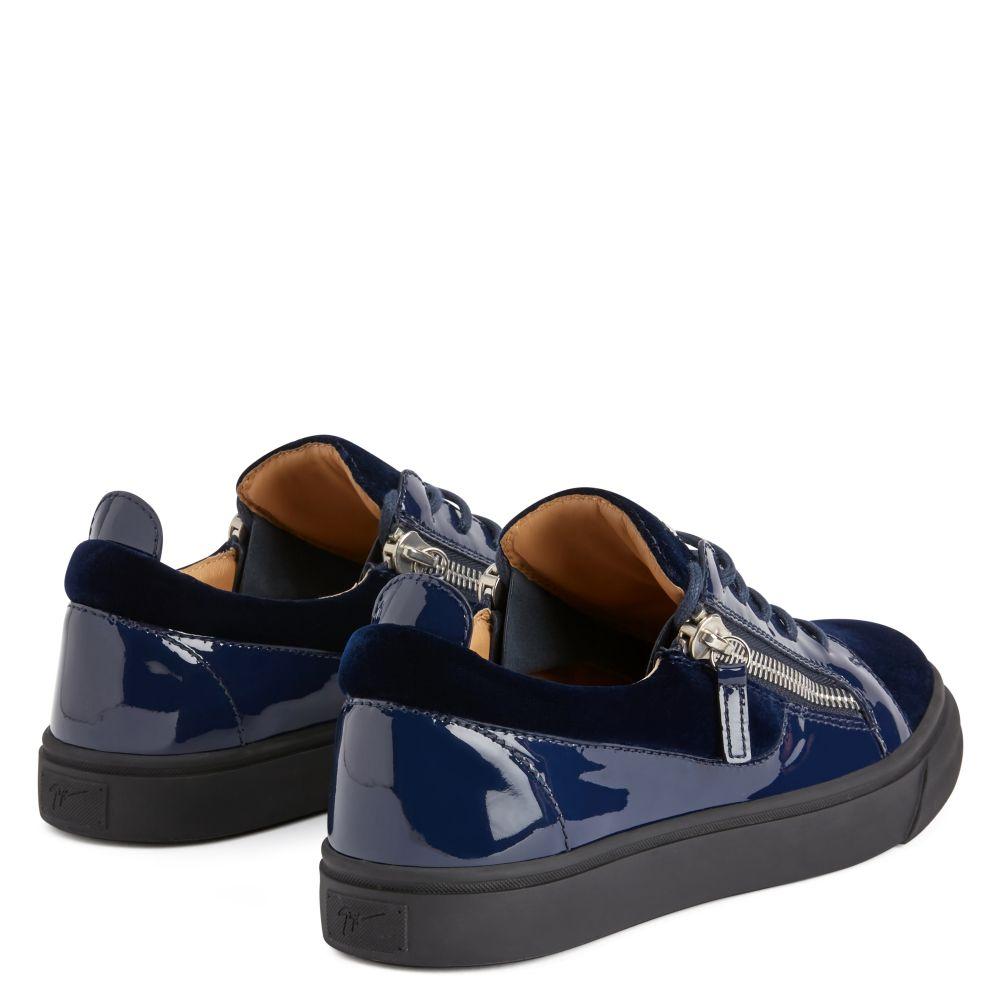 FRANKIE - Blue - Low top sneakers