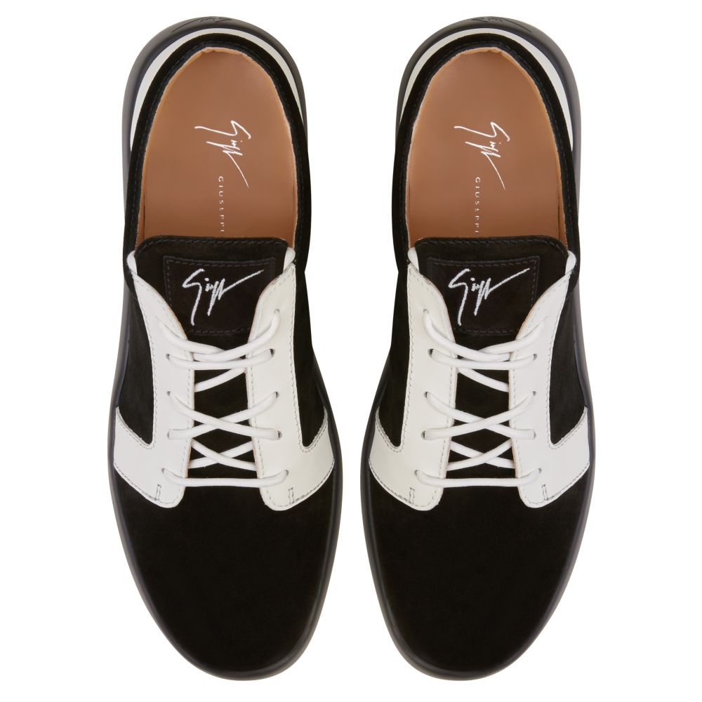 ROSS - Black - Low top sneakers