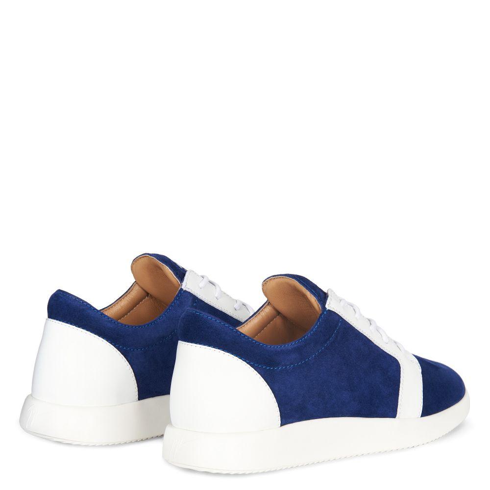 ROSS - Low top sneakers