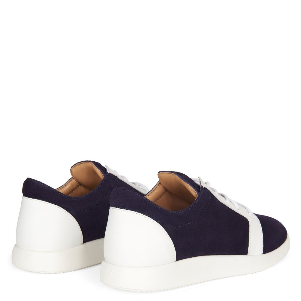 ROSS - Low top sneakers