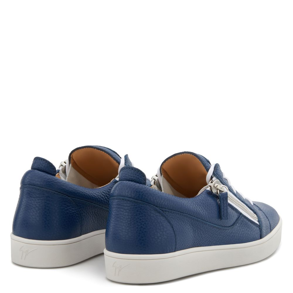 FRANKIE - Blue - Low top sneakers